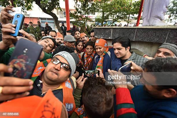 37 Delhi Chief Ministerial Candidate Kiran Bedi Campaigns In