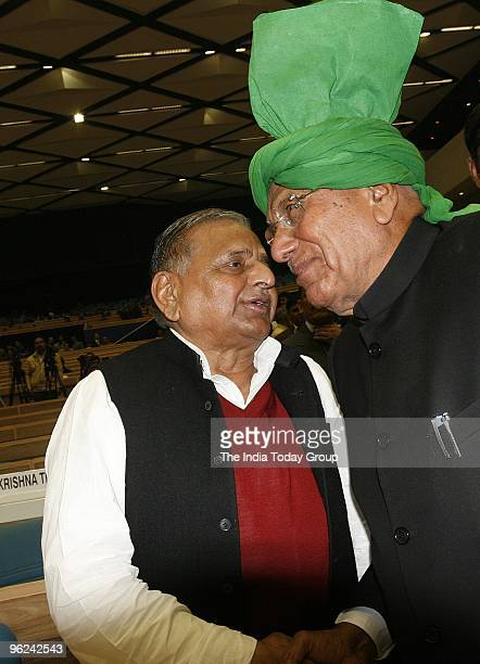 Chief Mulayam Singh Yadav with O.P Chautala during the diamond jubilee celebrations of the Election Commission in New Delhi on Monday, January 25,...