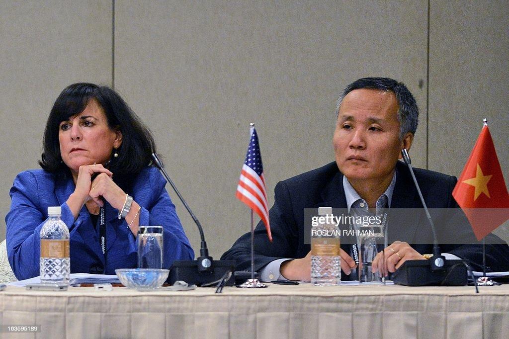 SINGAPORE-ASIA-TRADE-TPP : News Photo