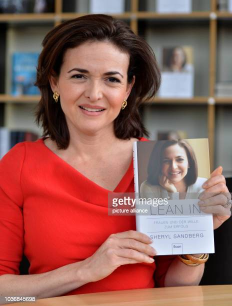 Chief operating officer of Facebook Sheryl Sandberg presents her book 'Lean in Women Work and the Will to Lead' in Berlin Germany 19 April 2013 Photo...