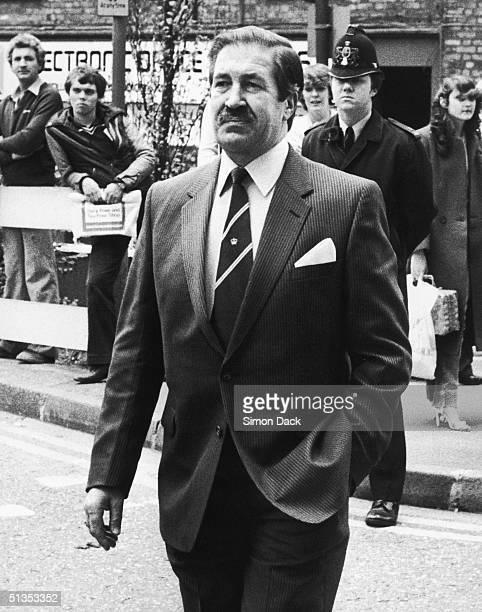 Chief Superintendent James Hobson, who led the enquiry into the 'Yorkshire Ripper' murders, arrives at the Old Bailey for the trial of Peter...