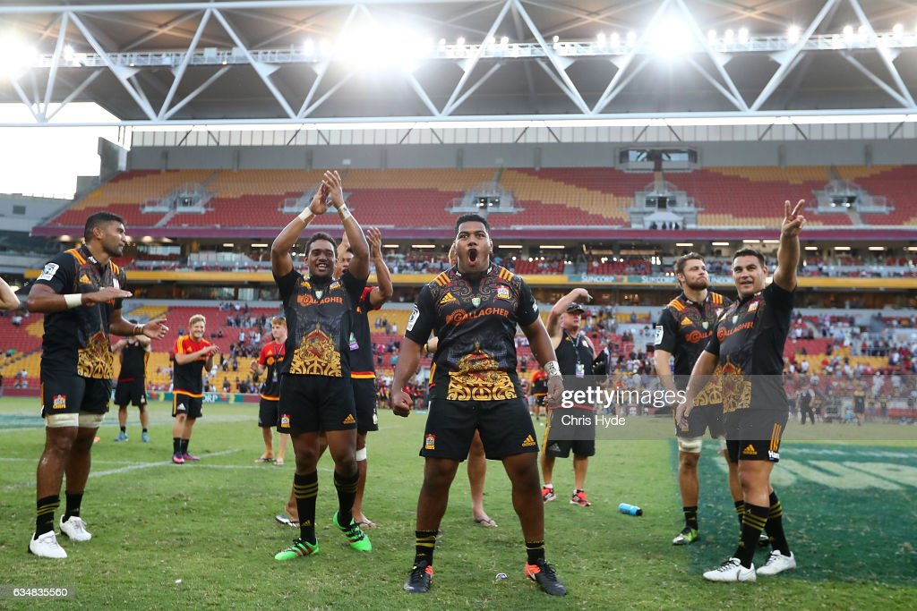 Chiefs celebrate winning the Rugby Global Tens Final match between Chiefs and Crusaders at Suncorp Stadium on February 12, 2017 in Brisbane, Australia.