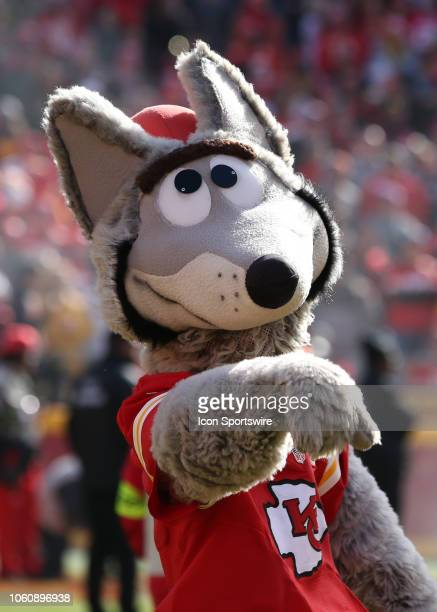 Chiefs mascot KC Wolf before a week 10 NFL game between the Arizona Cardinals and Kansas City Chiefs on November 11 2018 at Arrowhead Stadium in...