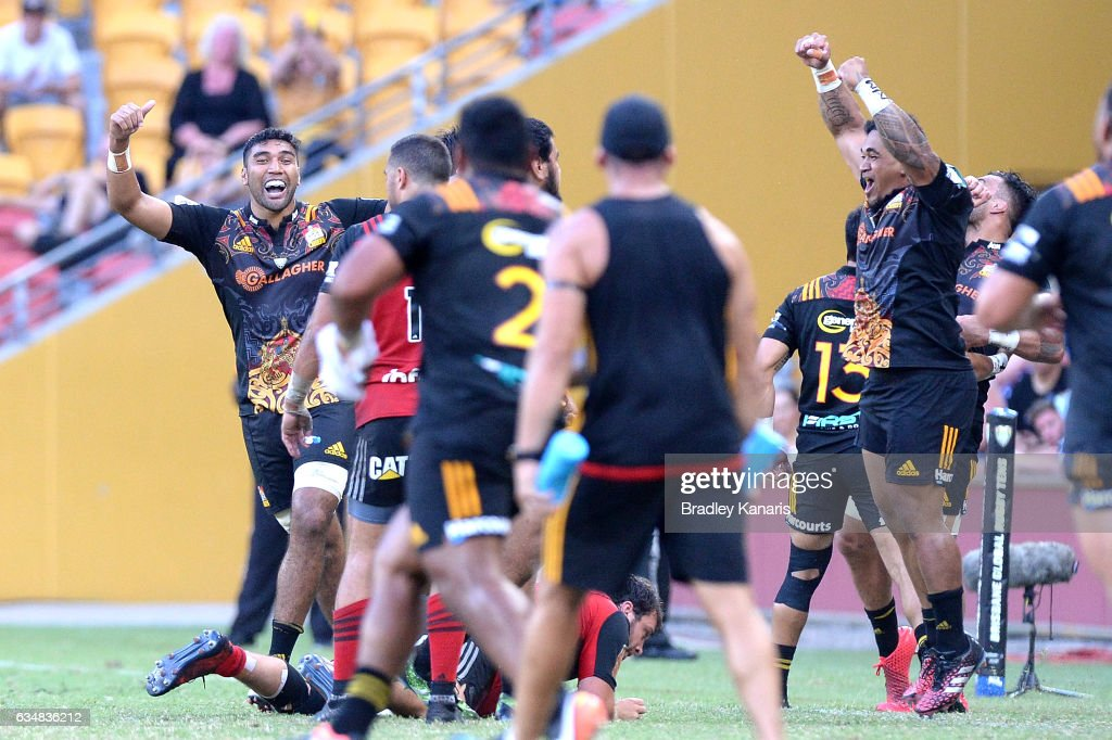 Chiefs players celebrate victory after the Rugby Global Tens Final match between the Crusaders and Chiefs at Suncorp Stadium on February 12, 2017 in Brisbane, Australia.