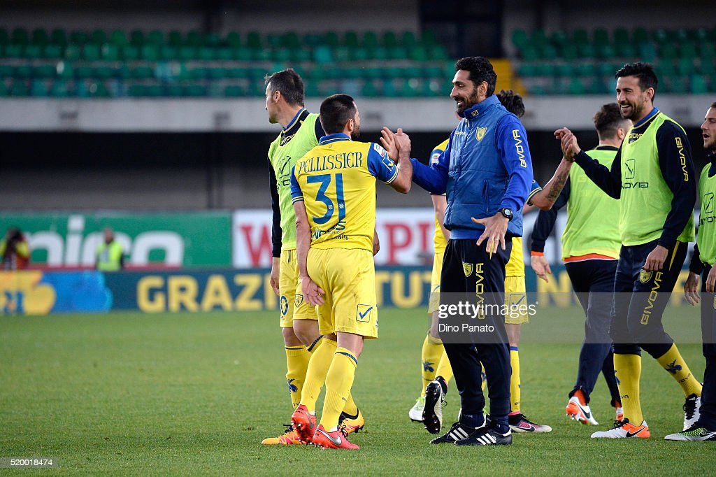 Chievo Verona players celebrate victory after the Serie A match between AC Chievo Verona and Carpi FC at Stadio Marc'Antonio Bentegodi on April 9, 2016 in Verona, Italy.