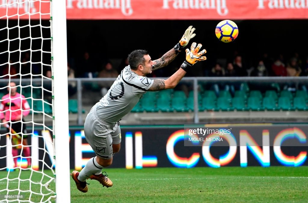 FBL-ITA-SERIEA-CHIEVO-AS ROMA : News Photo