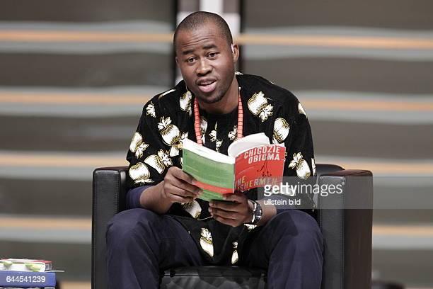 Chigozie Obioma und Christian Brückner sind nirgendwo in Nigeria.Chigozie Obioma Chigozie Obioma ist die neue große Erzähl-stimme aus Afrika, sein...