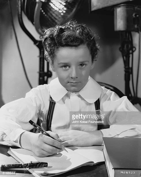 Child actor Freddie Bartholomew plays the young David in the film version of Charles Dickens' 'David Copperfield'