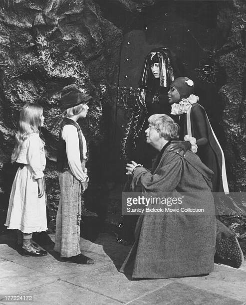 Child actors Patsy Kensit and Todd Lookinland in a scene from the movie 'The Blue Bird' 1976