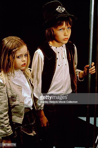 Child actors Patsy Kensit and Todd Lookinland, in a scene from the film 'The Blue Bird', 1976.