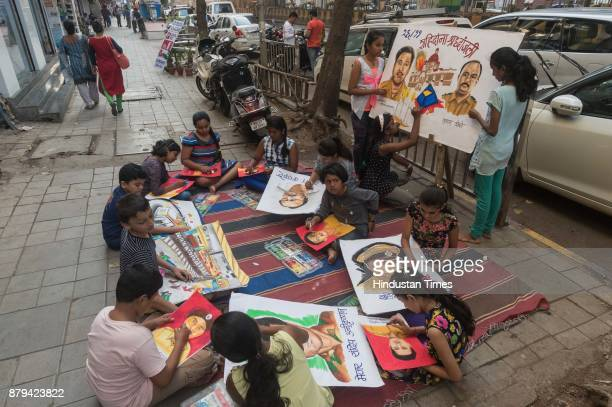 Child artists from Gurukul School of Art made paintings to give tribute to 26/11 martyrs at Curry road on November 25 2017 in Mumbai India