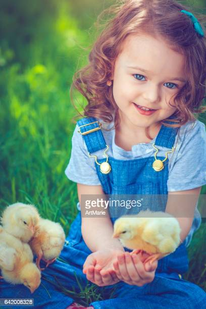 child at easter - easter chick stock pictures, royalty-free photos & images