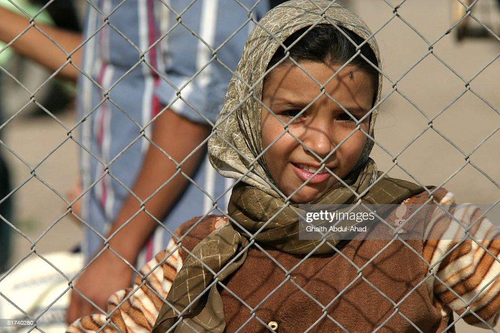 Simple Child Eid Al-Fitr Feast - child-celebrates-the-feast-of-eid-alfitr-november-14-2004-in-baghdad-picture-id51740280  Gallery_675685 .com/photos/child-celebrates-the-feast-of-eid-alfitr-november-14-2004-in-baghdad-picture-id51740280