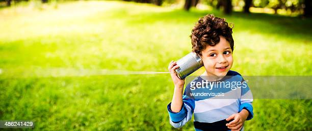 child communication concept - luisteren stockfoto's en -beelden
