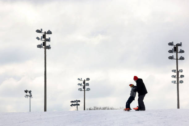 IL: Winter Storm Brings A Foot Of Snow To Chicago Area