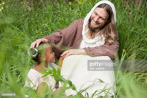 child girl with jesus christ - happy easter jesus stock pictures, royalty-free photos & images