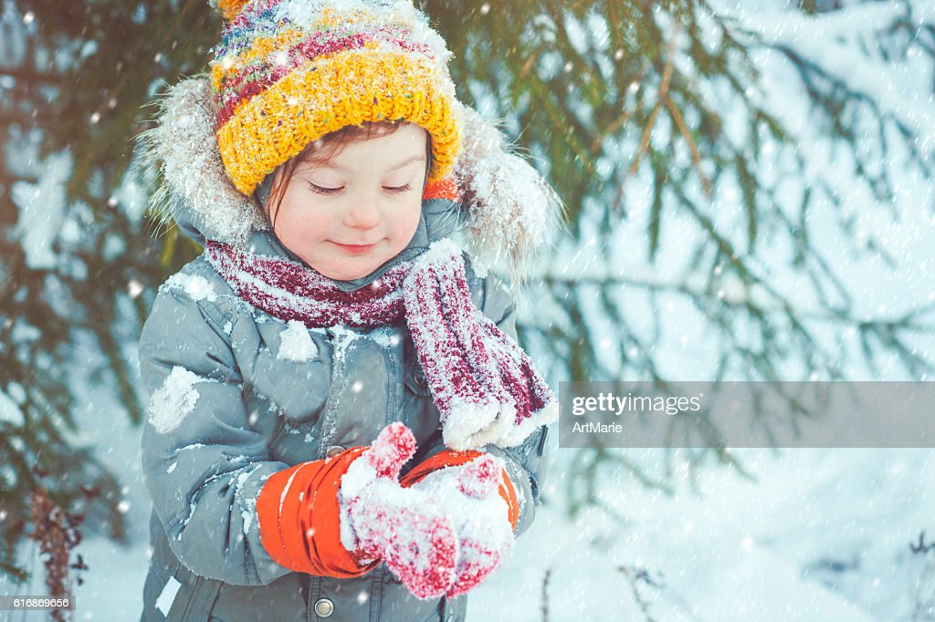 Child in winter : Stock Photo