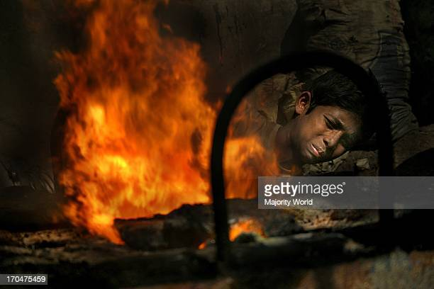 Child labour at the dockyard in Sadarghat Dhaka Bangladesh According to UNICEF's Asian Child Labor Report 1999 there are some 40 industries in...