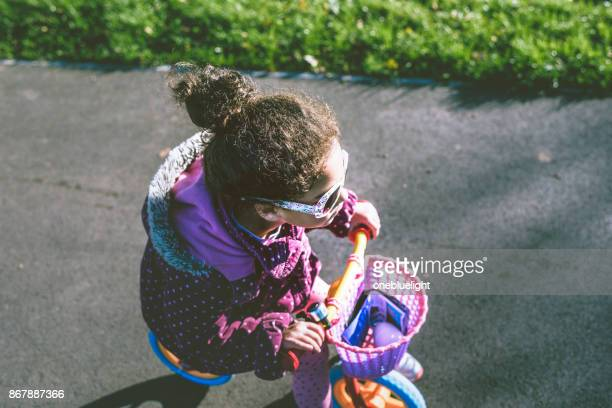 child on the move - onebluelight stock pictures, royalty-free photos & images