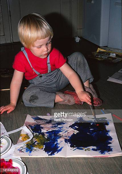 child painting with watercolors - 1967 stock pictures, royalty-free photos & images