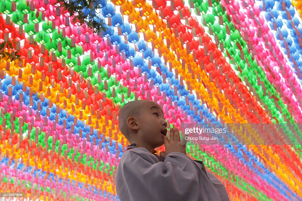 Children Become Buddhist Monks In Seoul : News Photo