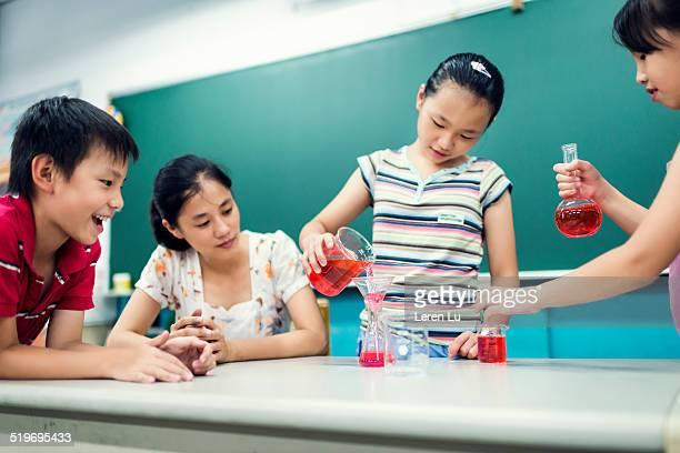 Child proceeding experiment