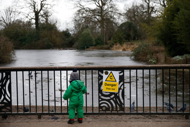 GBR: London Cold Snap Gives Way To Milder Temperatures