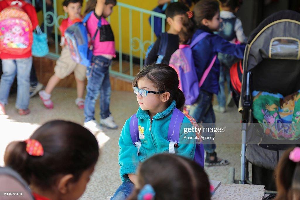 Kids of civil war in Syria : News Photo