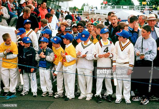 Children England v South Africa 5th Test Headingley Aug 98
