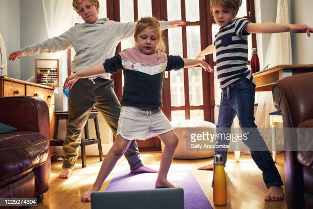 children exercising at home - technology stock pictures, royalty-free photos & images