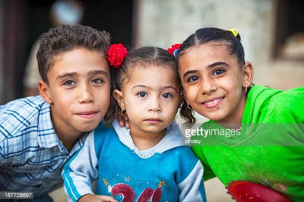 Les enfants entre El-Oasis de Kharga-Égypte