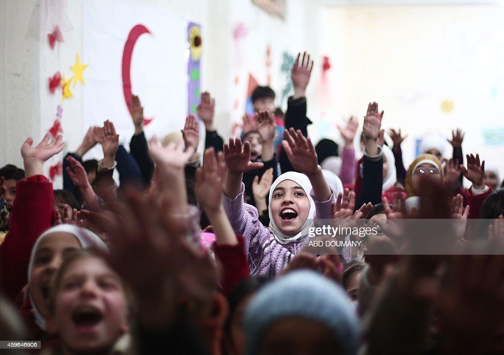 SYRIA-CONFLICT-CHIDREN-SUPPORT : News Photo