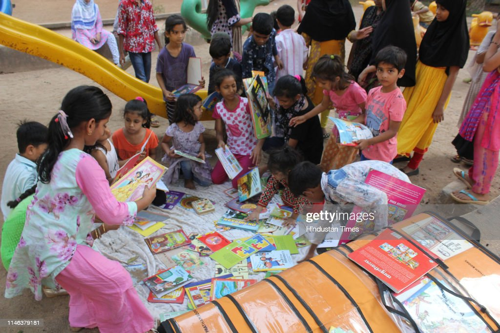 IND: Children Get Reading Bug From Suitcase Library At Mumbra