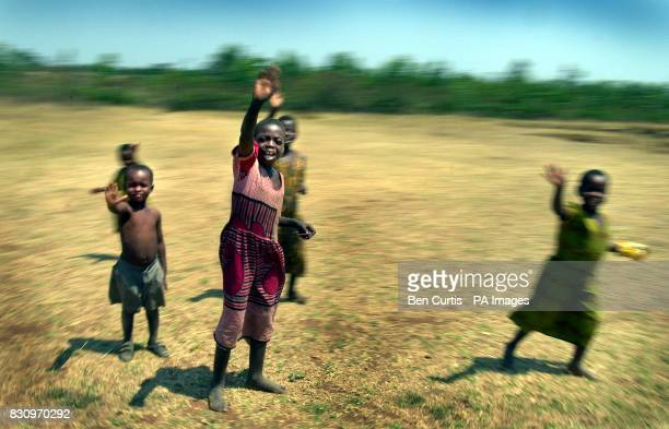 Children near the faminestricken village of Kanyopola in central Malawi The United Nations currently estimates 181 million people face starvation in...