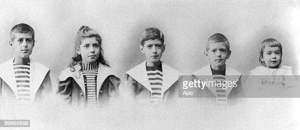 5 children of Henri and Jeanne de Gaulle Xavier Marie Agnes Charles Jacques and Pierre c 1899