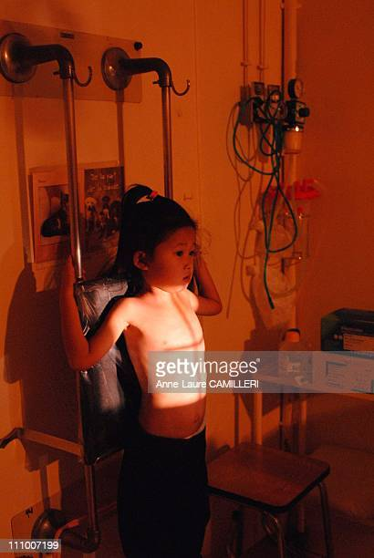 Children of Laos Mission for the hearts in Les Loges in Josas France on October 24th 2006 Milinda a fourandahalf year old Laotian girl during an Xray...