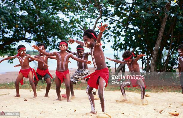 Children of the Injinoo perform a traditional dance