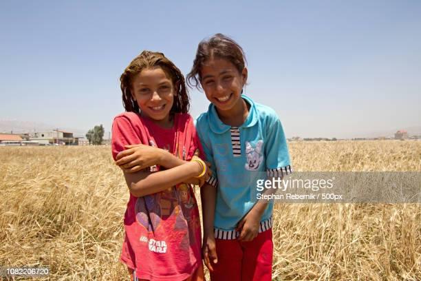 children of war / bekaa valley, lebanon (2013) - stephan rebernik stock-fotos und bilder