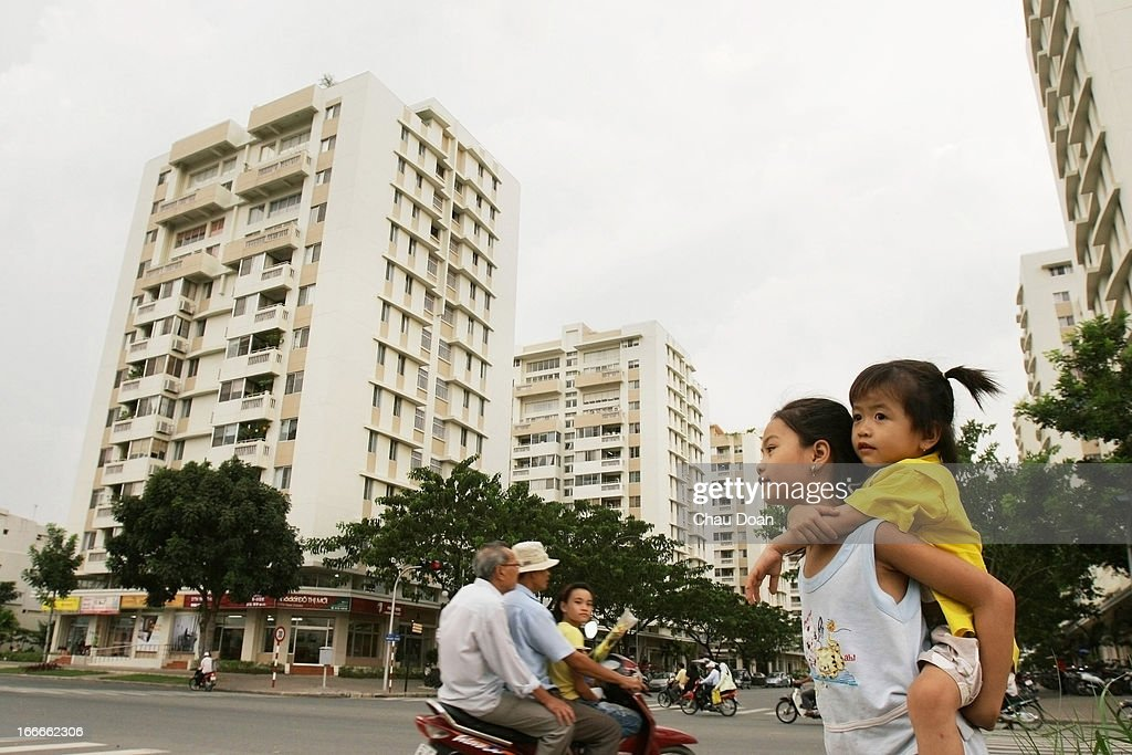 Children play at Saigon South, a mixed residential and... : News Photo