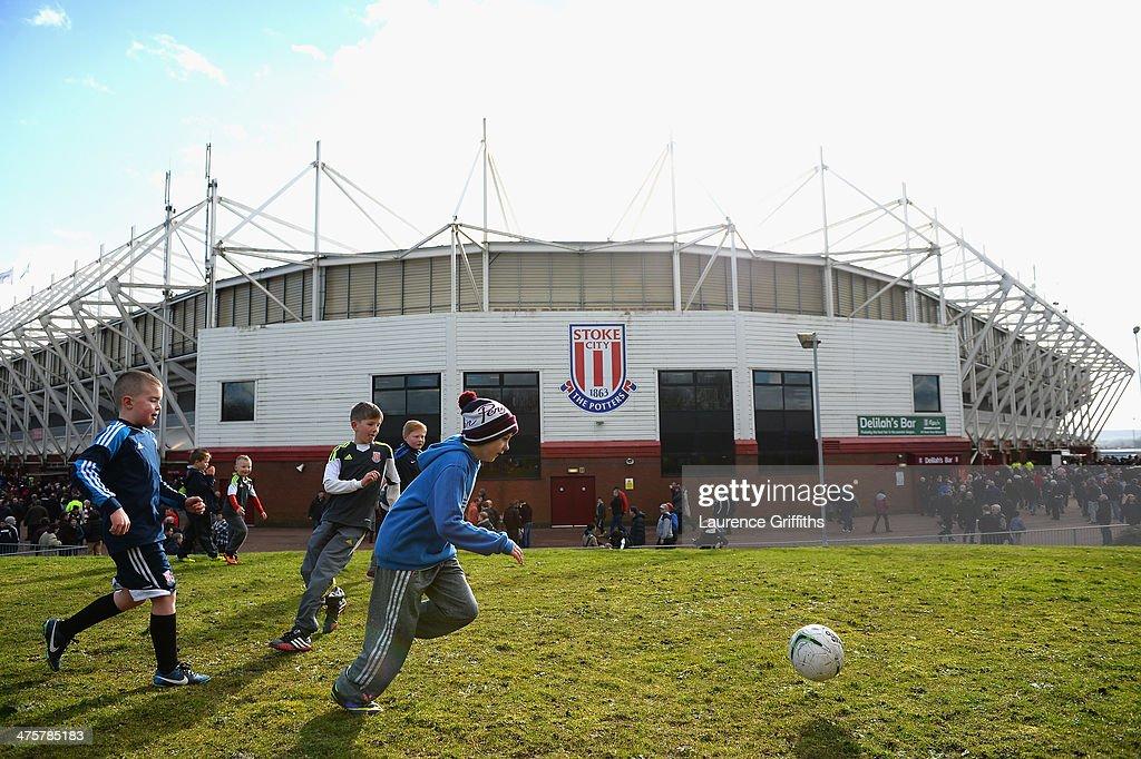 Stoke City v Arsenal - Premier League : Foto jornalística