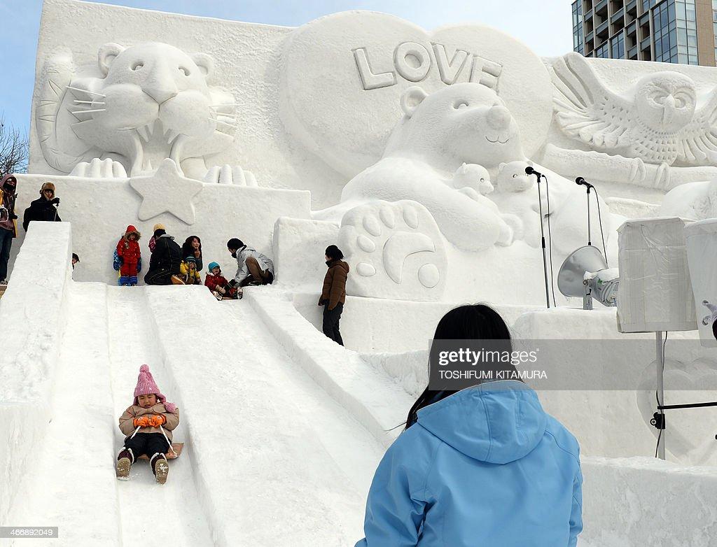 JAPAN-SNOW-FESTIVAL : News Photo