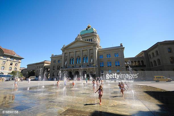 Children playing at the Swiss parliament Building