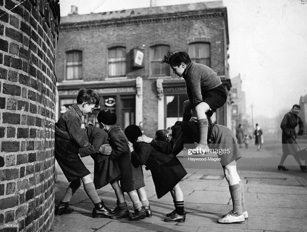 children-playing-games-in-the-street-ori