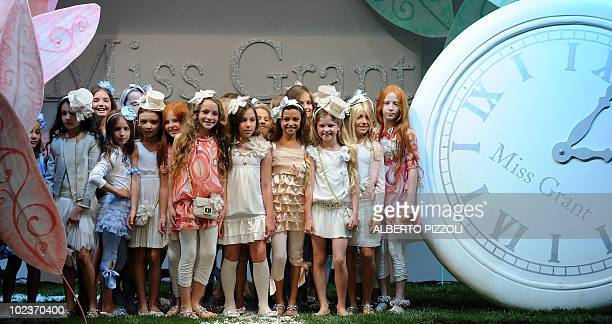 Children present creations by fashion designer Miss Grant on June 24 2010 in Florence during the Pitti Immagine Bimbo fashion fair The 71th...