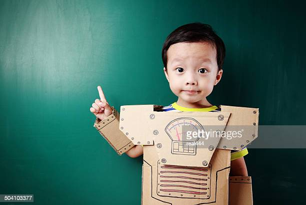 children pretend robot