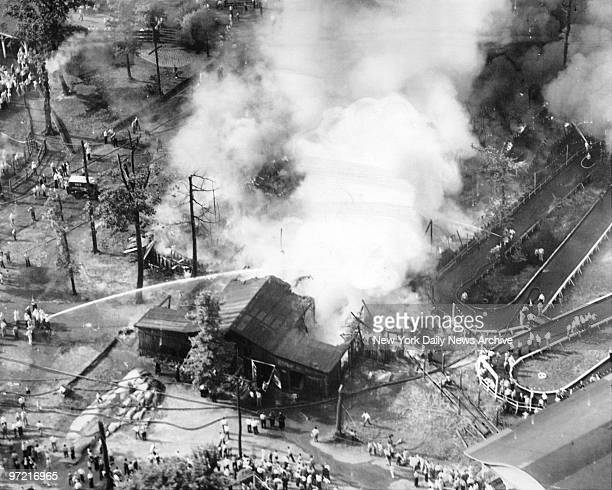 Children saved in Palisades Amusement Park fire Look down at Palisades Park as blaze raced through its northwest corner Four hundred children...