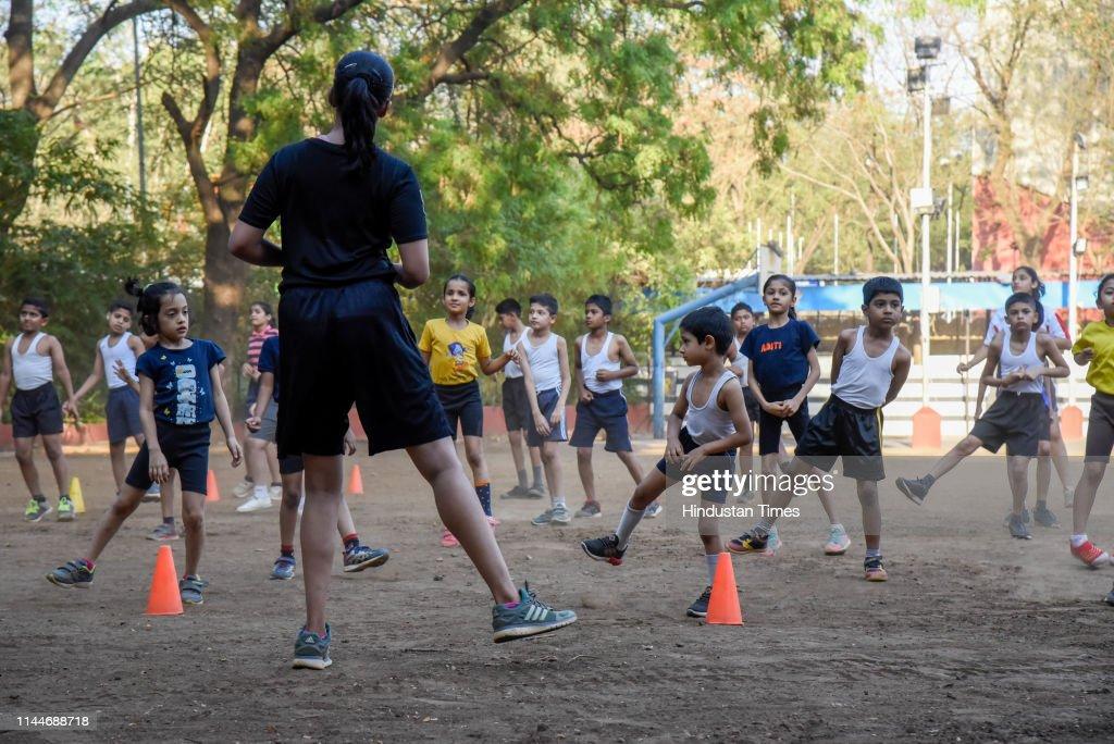 IND: Children Participate In Summer Holidays Camp At Modern English Medium High School In Pune