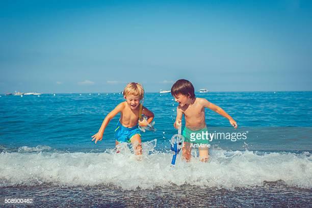 Children with scuba masks