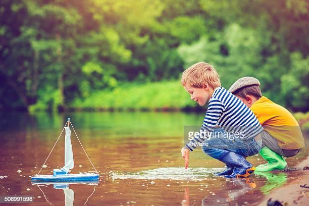 お子様にトーイ船