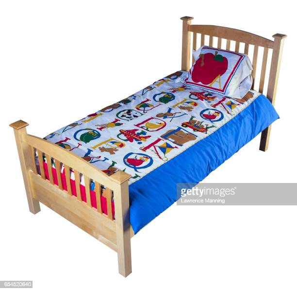 Children's Bed with Wooden Head- and Footboard